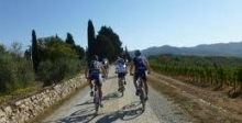 nice and easy tour on dirt roads in Tuscany