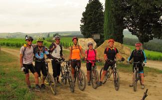Tuscany mountain bike tours into the Chianti region
